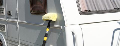 hoe caravan wassen